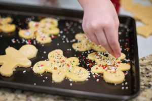 sprinkling cookies