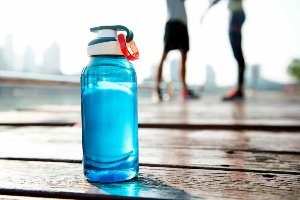Water aids in intermittent fasting for weight loss